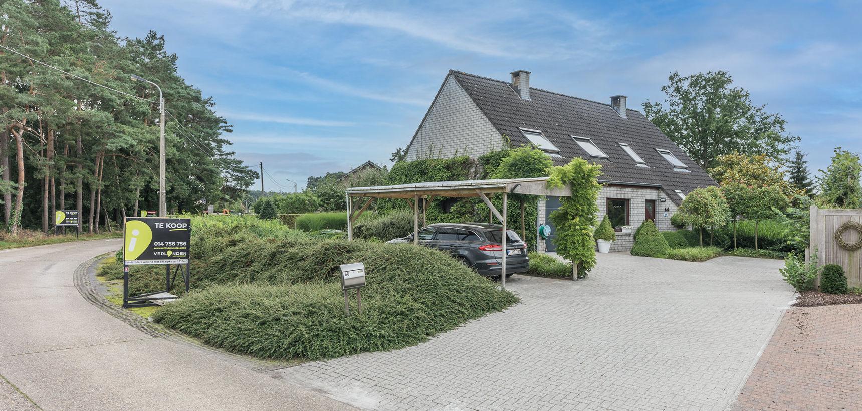 Ruime en prima onderhouden woning met 5/6 slpks op 1.335 m² (ZW) nabij de dorpskern !