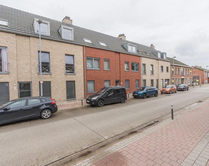 Tof appartement met ruim terras vlakbij het centrum!