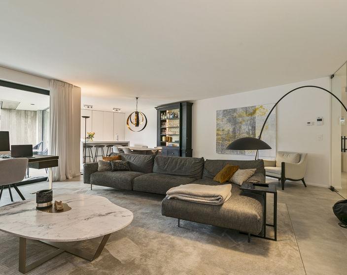 Ruim (160 m²!) gelijkvloers appartement in Nova Domus