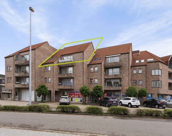 Zeer ruim appartement met 2 slpks (3de mglk) nabij het centrum van Mol !