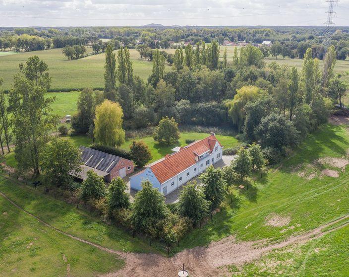 Prachtig gelegen landhuis op 10.861 m² !