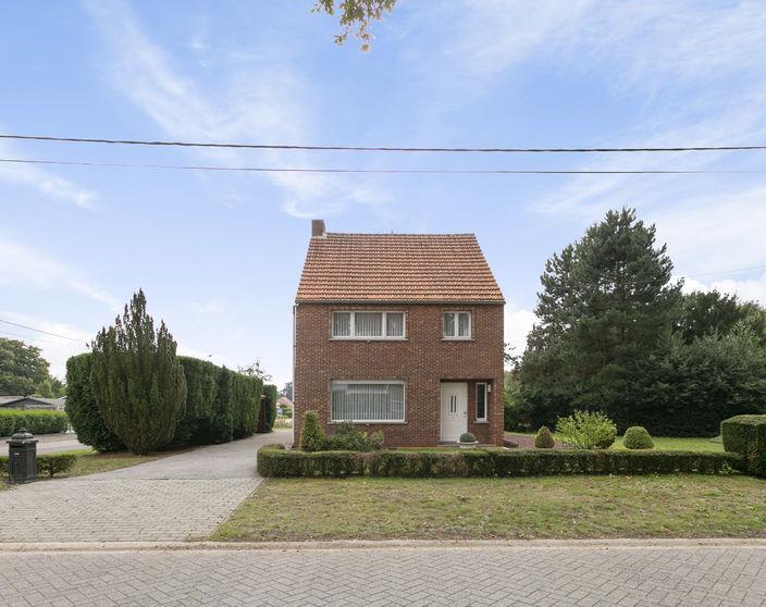 NIEUWE PRIJS - Goed onderhouden woning met 3 slpks op 1.047 m² !