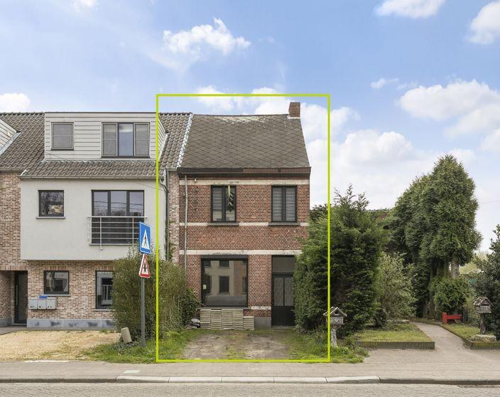 Gerenoveerde woning met 3 slpks in St.-Jozef-Olen !