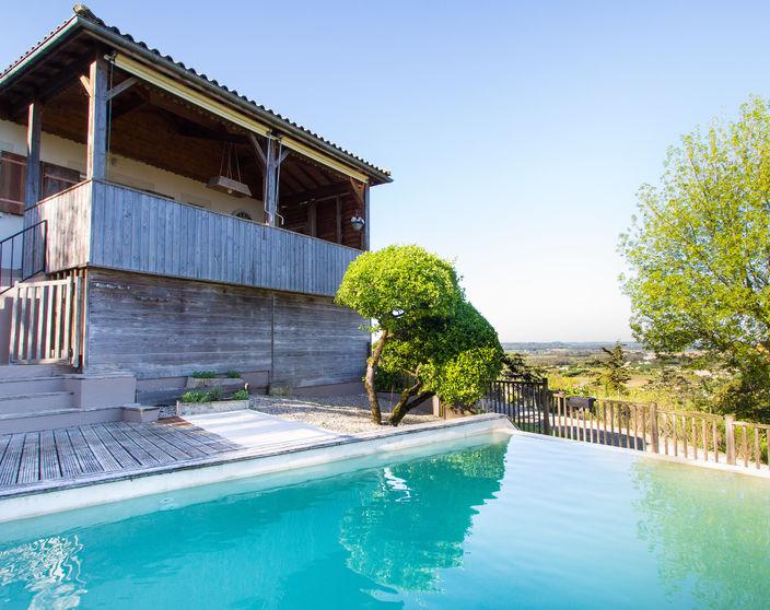 Ruime (vakantie)woning met 4 slpks en zwembad op 3.400 m² !